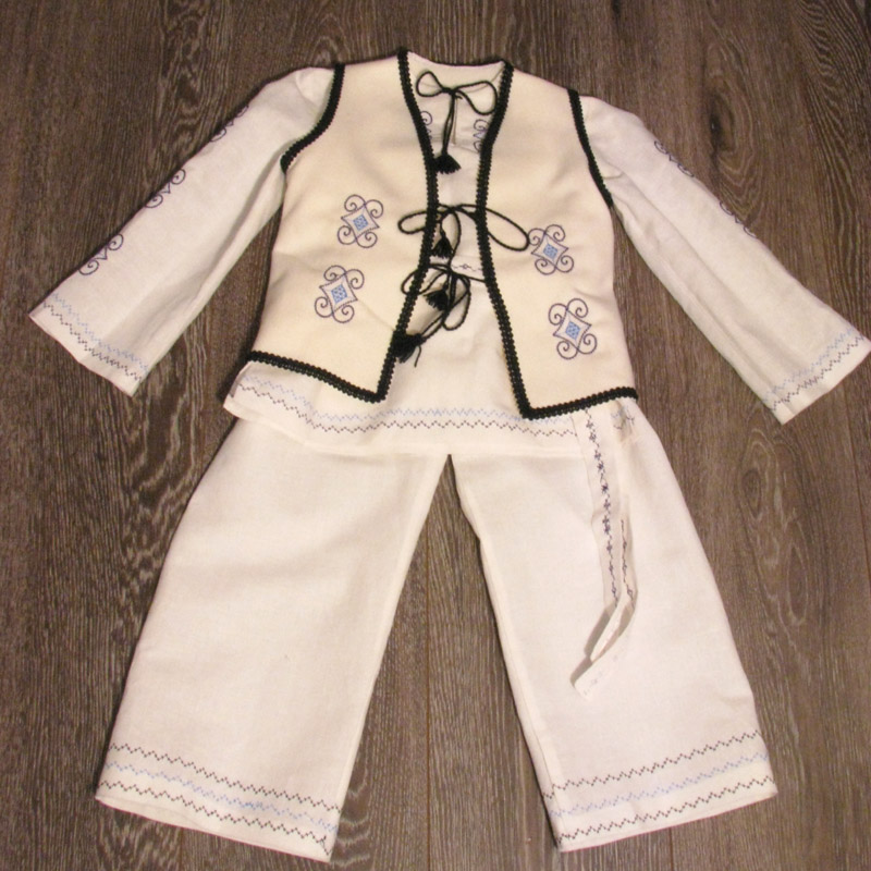 Costum national baieti - cod J011